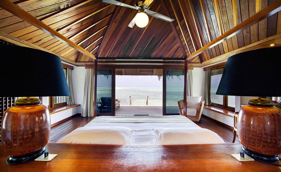 Gangeghi Island Resort - Habitación de un Over Water Villa