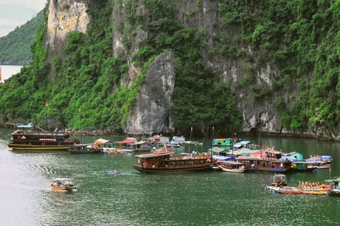 Maravillas de Vietnam y Phuket